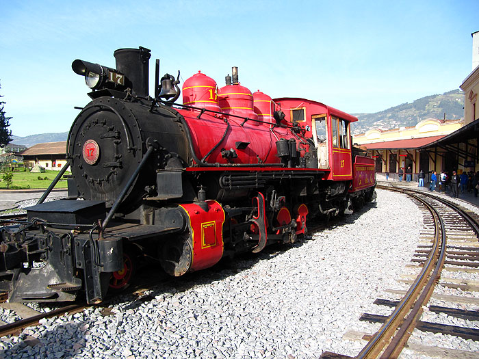EC1112OF010_quito-train-station.jpg [© Last Frontiers Ltd]